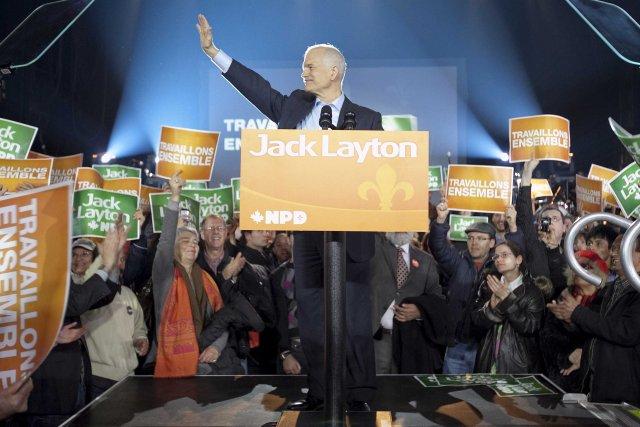 Désormais attaqué de toutes parts, Jack Layton a... (Photo: Marco Campanozzi, La Presse)