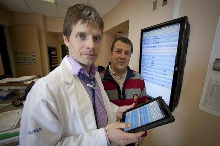À l'hôpital du Sacré-Coeur, les Drs Martin Albert... (Photo: André Pichette, La Presse)