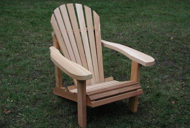 la chaise adirondack passe travers les modes marie france l ger cour et jardin. Black Bedroom Furniture Sets. Home Design Ideas