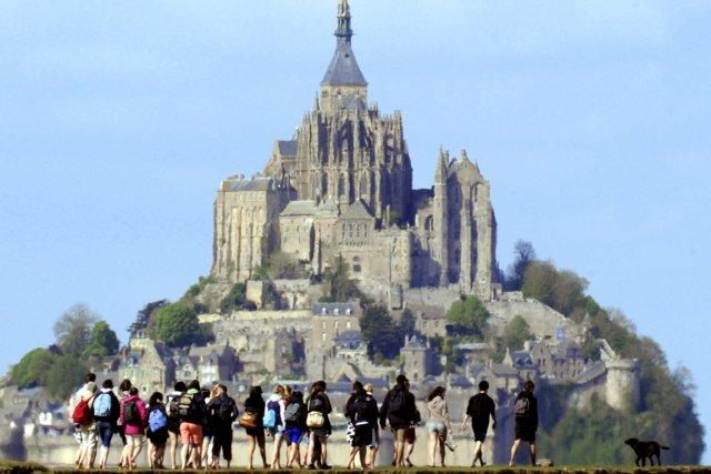 Le Mont-Saint-Michel... (Photo: AFP)