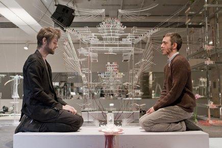 David Altmejd et Pierre Lapointe dans une scène... (Photo: Pascal Grandmaison et Frédéric Bouchard)