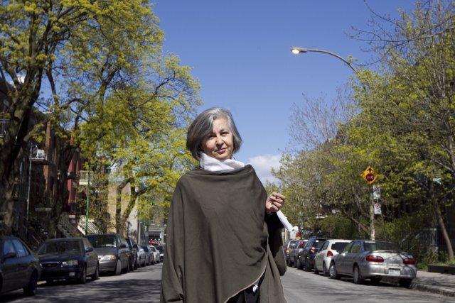 Abla Farhoud habite rue Hutchison depuis plus de... (Photo: Hugo-Sébastien Aubert, La Presse)