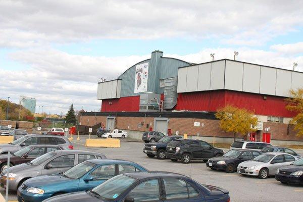 Le nouvel aréna Guertin sera en grande partie... (Patrick Woodbury, LeDroit)