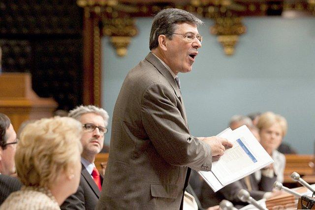 Le député péquiste Sylvain Simard.... (Photothèque Le Soleil)
