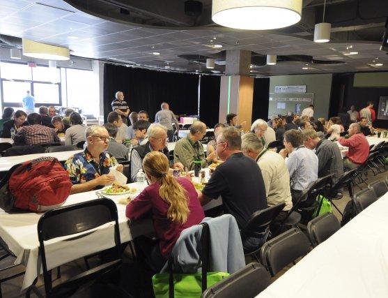 Une centaine d'experts et des scientifiques sont réunis... (Le Quotidien, Jeannot Lévesque)