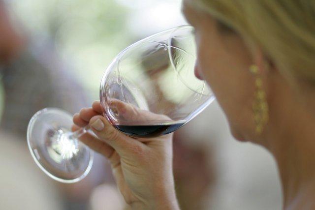 La politique de remboursement de la Société des alcools du Québec (SAQ)  semble... (Photo; archives AP)