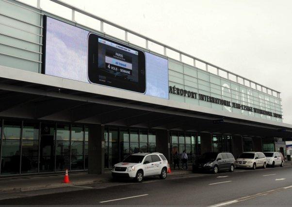 L'aéroport Jean-Lesage, à Québec... (Photothèque Le Soleil, Erick Labbé)