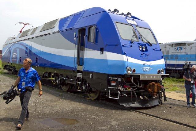 La nouvelle locomotive hybride (diesel électrique) de l'AMT... (Photo: Alain Roberge, La Presse)