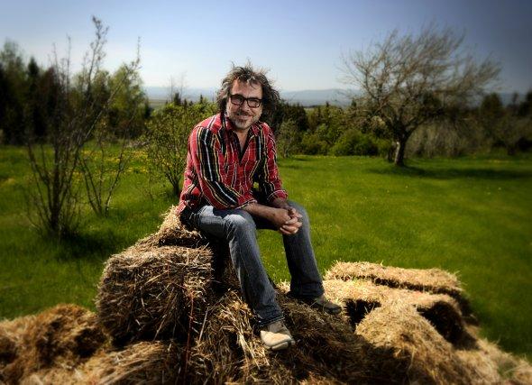 Le comédien Christian Bégin dans son coin de... (Bernard Brault, La Presse)