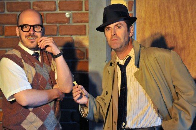 Ci-dessus, les comédiens Christian Laporte et Jean-Jacques Lamothe,... (Photo: Stéphane Lessard)