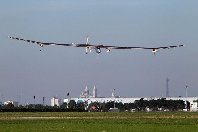 Le solar impulse r ussit voler au salon du bourget - Le plus grand salon automobile du monde ...