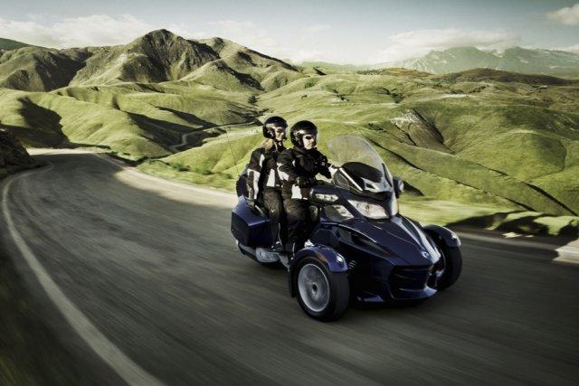 Le Can-Am Spyder GT.... (Photo fournie par Bombardier produits récréatifs)