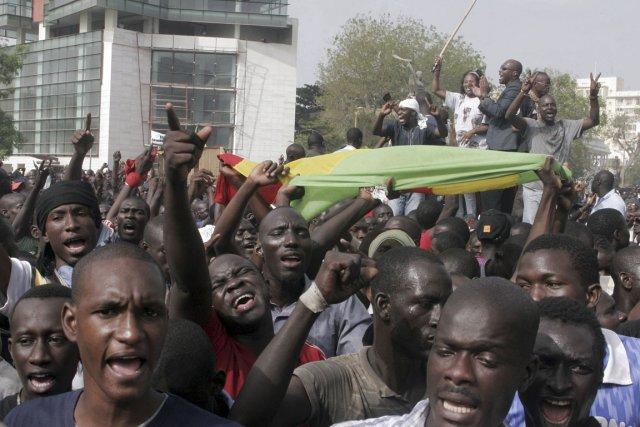 Depuis le 22 juin, Dakar est pris d'assaut... (Photo: Moussa Sow, AFP)