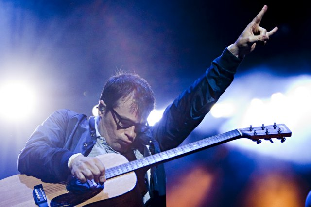 Weezer, mené par le chanteur rivers cuomo, a... (pohto françois roy