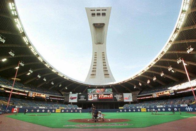 Le baseball majeur serait viable montr al baseball for Golf interieur montreal