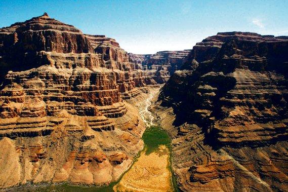 Une vue aérienne sur le Grand Canyon, un... (Photothèque Le Soleil)