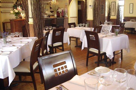 Chez Saint-Pierre bistro-pub: une salle à manger chaude... (Collaboration spéciale, Carl Thériault)