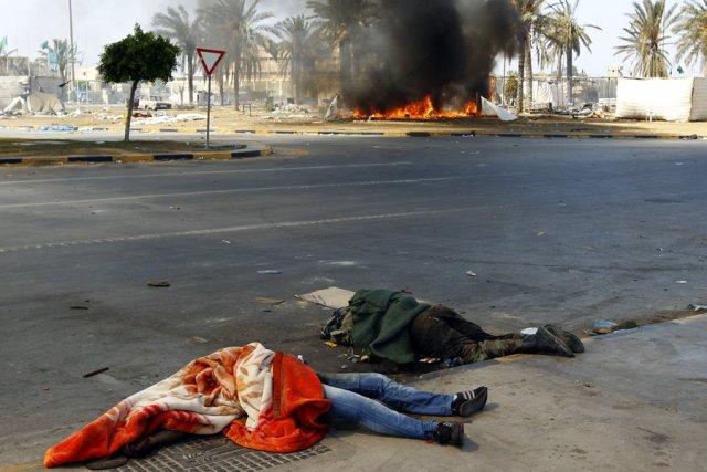 Le conflit en Libye a fait «plus de 20 000 morts» depuis le début mi-février de... (Photo: Reuters)