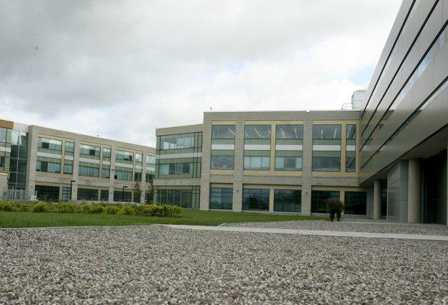La Cité collégiale emboîte le pas au Collège Boréal. Le collège  francophone de... (Patrick Woodbury, LeDroit)