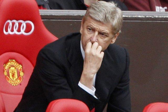 Arsenal ars ne wenger dans les c bles fran ois bontoux - Entraineur arsenal ...