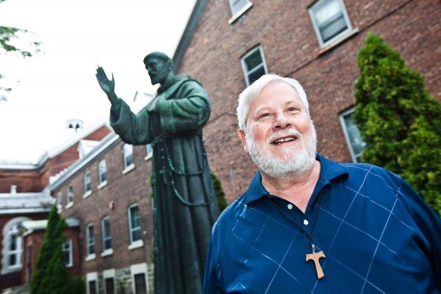 Le père Roland Bonenfant, nouveau vice-postulateur de la... (Photo: Olivier Croteau)