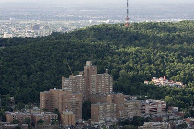 L'Hôpital général de Montréal, situé à flanc de... (Photo: David Boily, Archives La Presse)