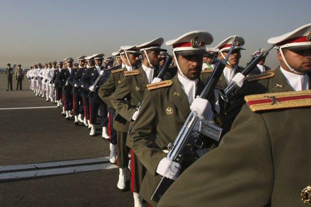 Les États-Unis désirent avoir un lien de communication... (Photo: Vahid Salemi, AP)