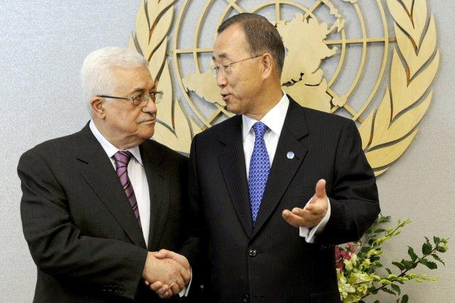 Le président de l'Autorité palestinienne, Mahmoud Abbas (à... (Photo: Timothy A. Clary, AFP)