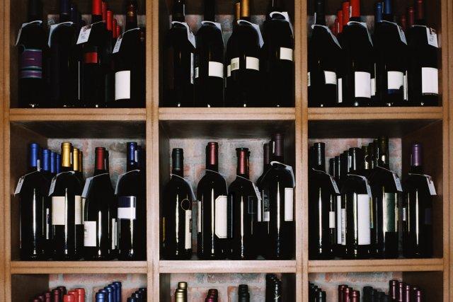 Le plus récent Courrier vinicole de la Société des alcools du Québec  (SAQ) a... (Photos.com)