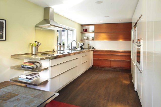 La recette d 39 une cuisine ultra pratique lucie lavigne - Rangement cuisine pratique ...