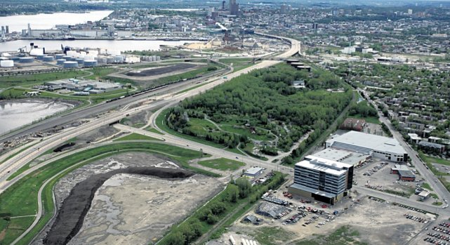 L'écoquartier   D'Estimauville se développera le long... (Photo photohelico.com, Yves Tremblay)
