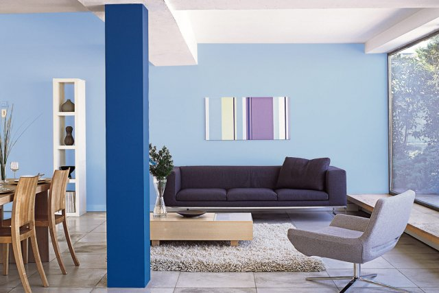 Tendances couleurs 2012 plan te bleue mich le laferri re d co - Canape couleur prune ...
