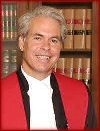 Le juge en chef de la Cour supérieure,...