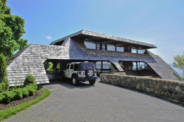 la maison coup de coeur 2011 les finalistes carole thibaudeau immobilier. Black Bedroom Furniture Sets. Home Design Ideas