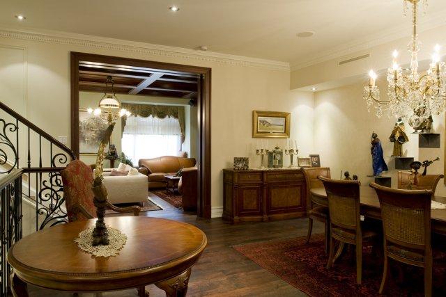 Des moulures traditionnelles ou contemporaines lucie lavigne design - Decoration bois interieur maison ...