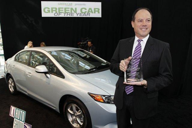 Le vice-président de Honda aux États-Unis, Michael Accavitti,... (Photo: Lucy Nicholson, Reuters)