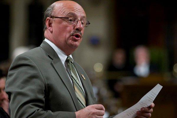 Selon le député néo-démocrate Yvon Godin, il s'agit... (Archives La Presse Canadienne)