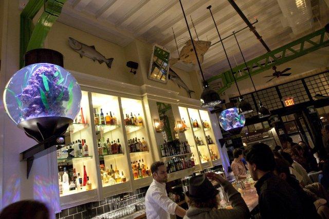 Le restaurant The John Dory Oyster Bar, à... (Photo: Ivanoh Demers, archives La Presse)