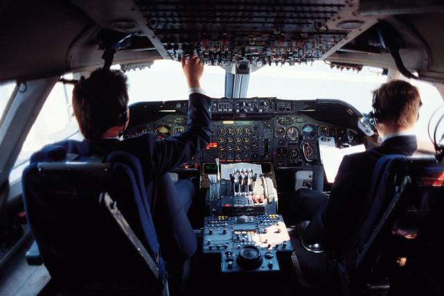 Comment le débat sur le geste suicidaire d'un pilote d'avion, et toutes les... (Photos.com)