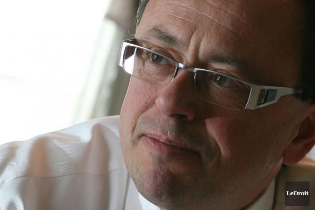L'ancien maire de Gatineau, Yves Ducharme.... (Patrick Woodbury, Archives LeDroit)