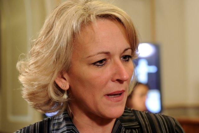 La ministre du Travail, Lise Thériault, estime avoir... (Le Soleil, Erick Labbé)