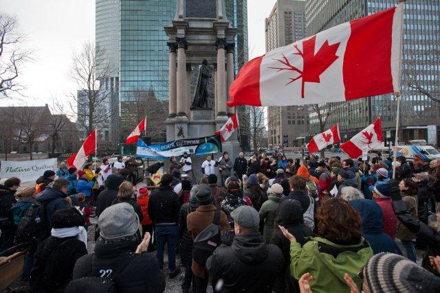 Quelque 200 personnes ont manifesté, samedi après-midi, à... (Photo: Edouard Plante-Fréchette, La Presse)