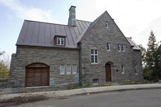Maison du gendre de ben ali westmount reconna t avoir for Avoir une maison
