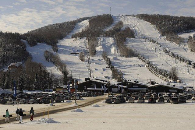 Tout indique que le jeune homme skiait en... (Photothèque Le Soleil, Patrice Laroche)