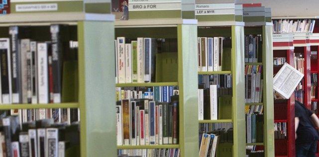 Certaines bibliothèques municipales du Québec disposent d'un règlement... (Photo: La Presse)