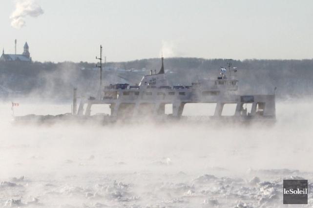 Le service de traversiers entre Québec et Lévis... (Photothèque Le Soleil, Jocelyn Bernier)
