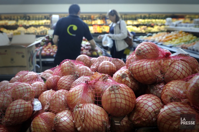 Les ventes de produits alimentaires, de boissons et... (Photo Bernard Brault, archives La Presse)