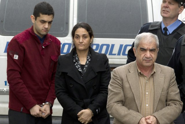 Mohammad Shafia, sa femme, Tooba, et leur fils... (Photo: Frank Gunn, PC)