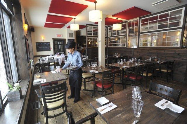 Au restaurant de l'auberge Aux 4 saisons, ce... (Photo: René Marquis, La Tribune)