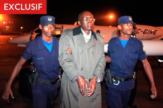 Léon Mugesera, à son arrivée à Kigali, au... (Photo: Steve Terrill, Archives AFP)